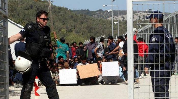 Μόρια: Το χρονικό μιας προσχεδιασμένης έκρηξης με πρόσφυγες και μετανάστες