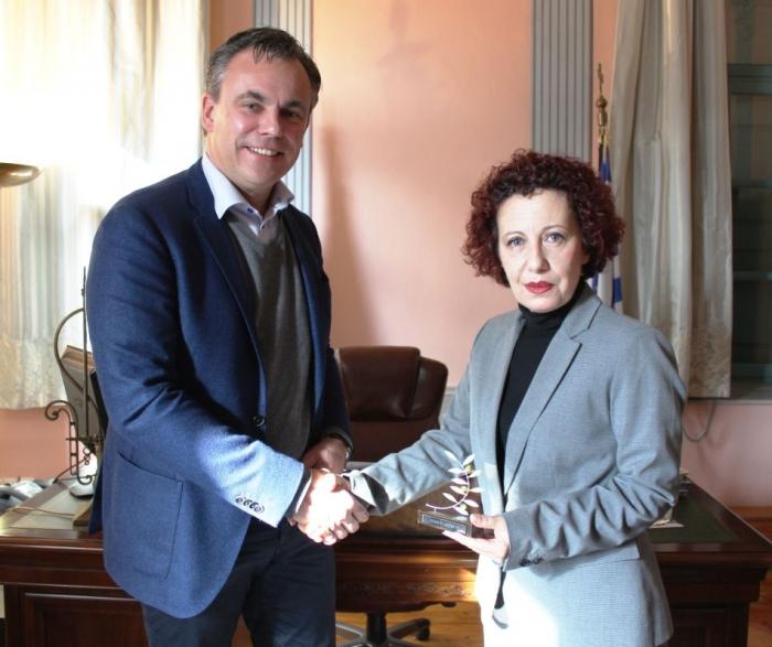 Ο Ολλανδός υπουργός Μετανάστευσης επισκέπτεται τη Λέσβο