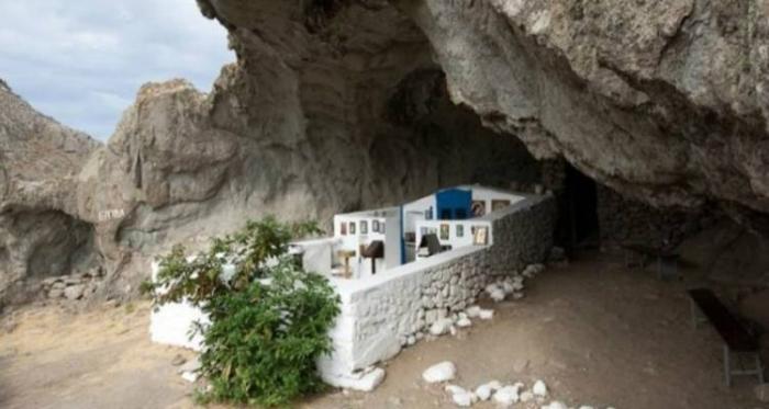 Αποτέλεσμα εικόνας για Παναγία η Κακαβιώτισσα: Η πιο όμορφη εκκλησιά του κόσμου βρίσκεται στη Λήμνο.