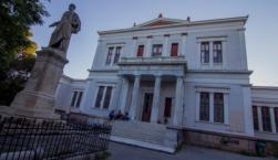 Με Νεοελληνική Γλώσσα και Λογοτεχνία ανοίγει σήμερα η «αυλαία» των Πανελληνίων