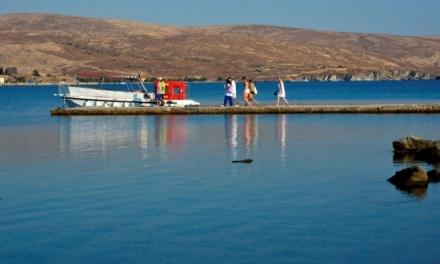 Αντίστροφη μέτρηση για τις εξορμήσεις στη Νησιώπη με το σκάφος με το γυάλινο πυθμένα