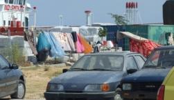 Ο Εμπορικός Σύλλογος ζητά δραστικά μέτρα από Λιμενικό και Αστυνομία